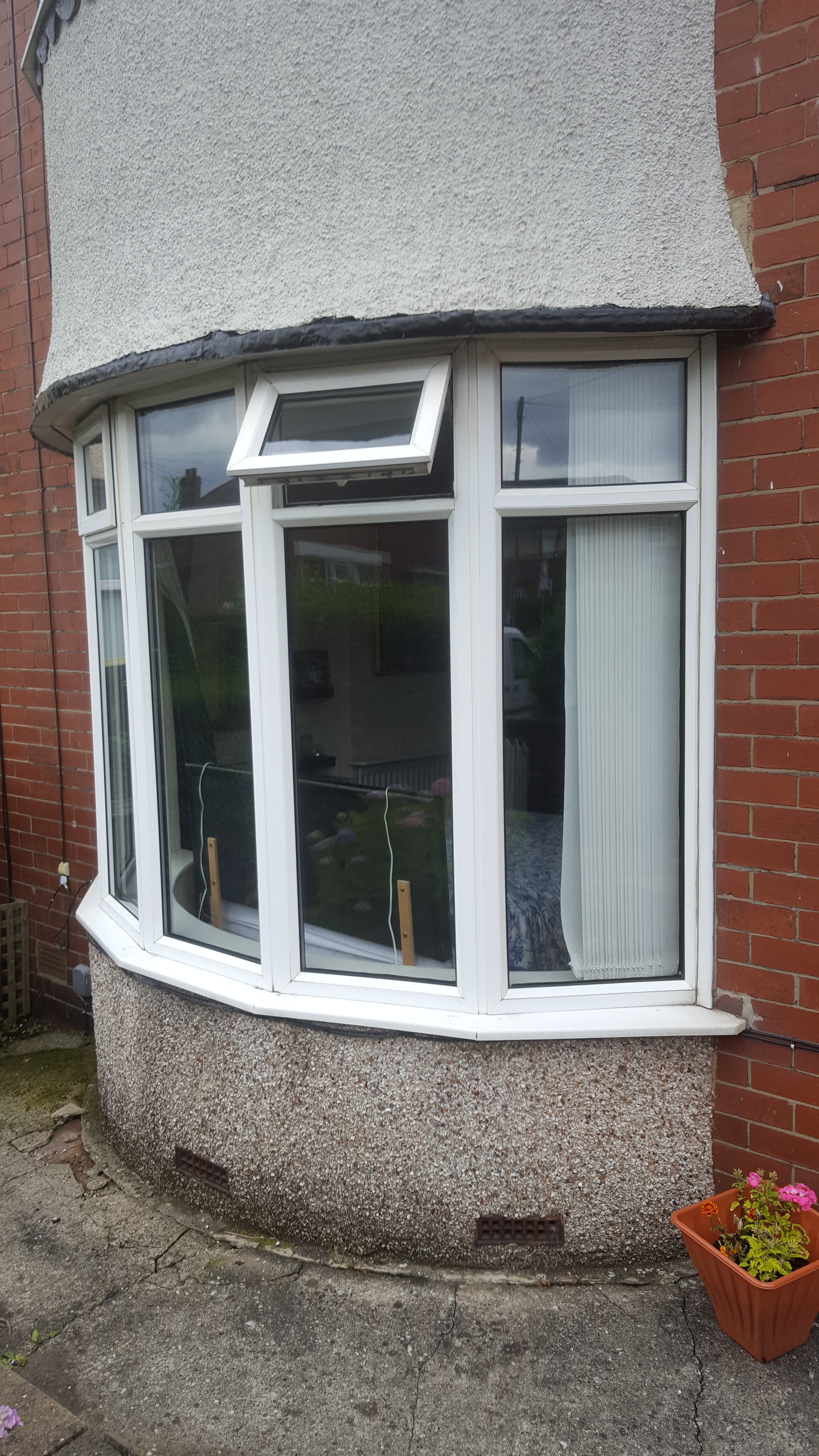 Bay window Glass replaced in North shields